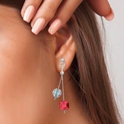 Boucles d'oreilles ornées...