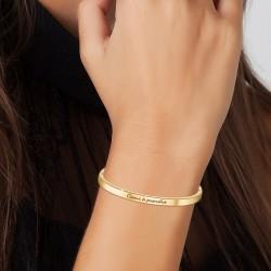 Heart bracelet to be taken...