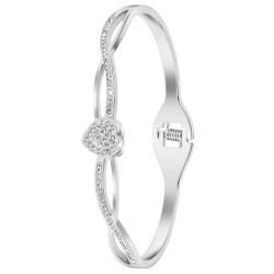 Bracelet by BR01 adorned...